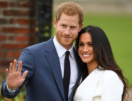 Meghan je zasnoubena s princem Harrym.
