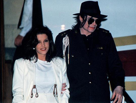 Dva roky byla Elvisova dcera ženou Michaela Jacksona.