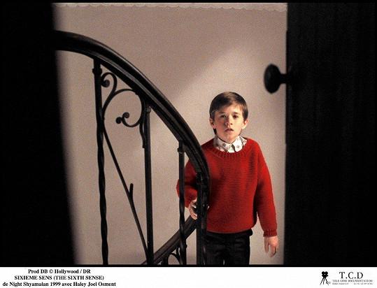 Haley Joel Osment ve své nejslavnější roli v Šestém smyslu