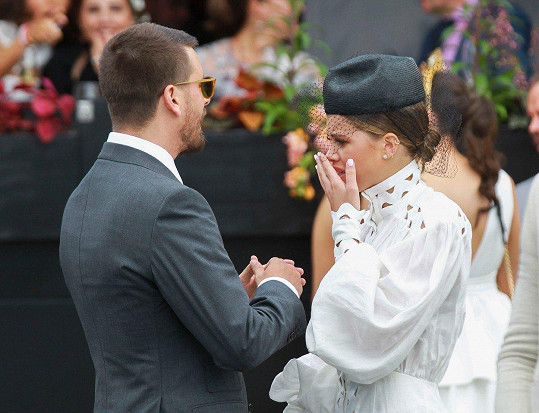 Sofia na akci nedokázala zadržet slzy.