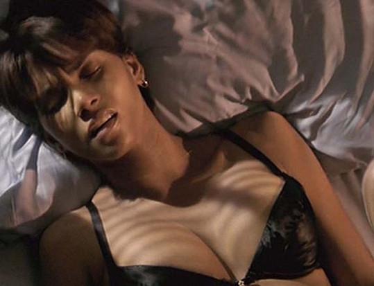 Halle Berry v oscarovém filmu Ples příšer.