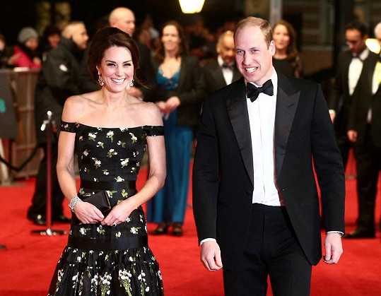 Kate s Williamem se snaží, aby jejich děti měly normální dětství.