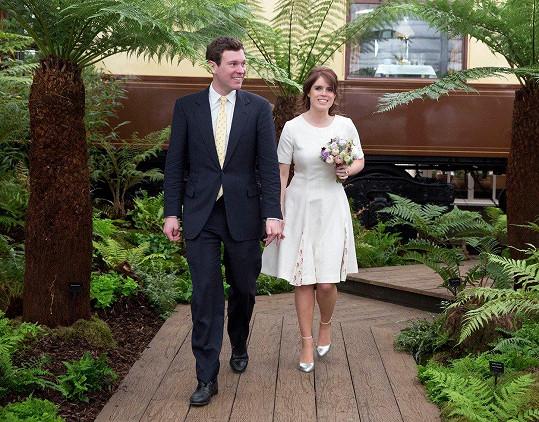 Princezna Eugenie se bude vdávat, její přítel Jack Brooksbank ji pojme za svou manželku už v říjnu.