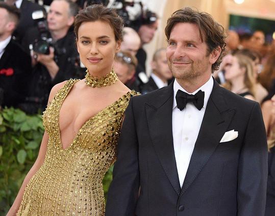 Irina s partnerem Bradleyem Cooperem