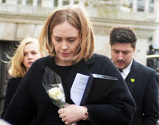 Adele s přáteli Carey Mulligan a Marcusem Mumfordem
