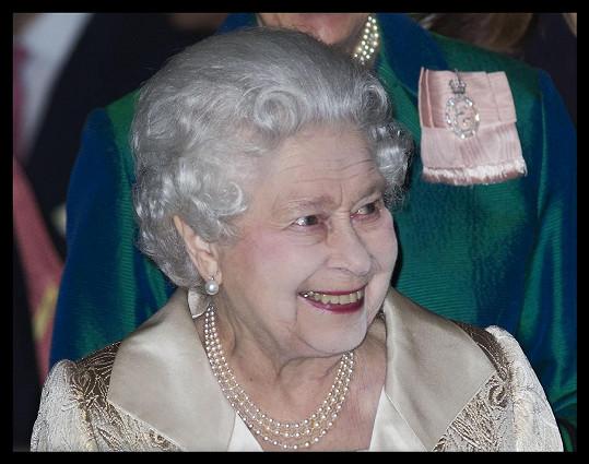 Královna Alžběta II. zavítala na akci Gold Service Scholarship.