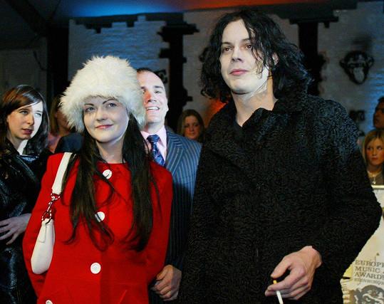 Jack a Meg White z dua The White Stripes předstírali, že jsou sourozenci.