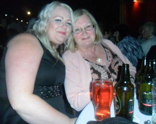 Michelle Caswell (33) z Coventry v Anglii vážila jednu chvíli už 122 kilogramů.