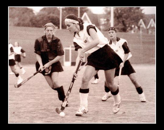Kate je vášnivou sportovkyní. Na střední škole reprezentovala v tenise, pozemním hokeji a netballu.
