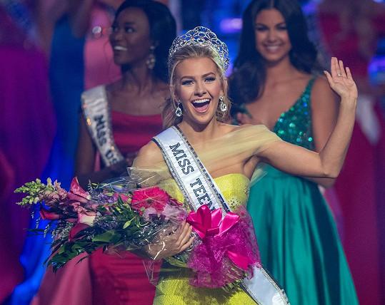 Miss Teen USA 2016 byla zvolena Karlie Hay.