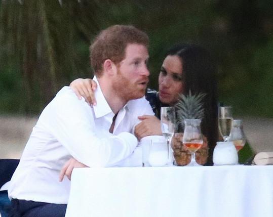 Harry se svou láskou Meghan