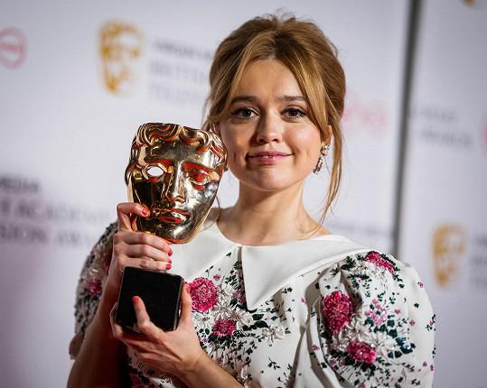 Jeho kolegyně Aimee Lou Wood si za roli Aimee odnesla cenu BAFTA.
