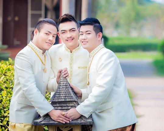 Thajci si řekli trojí ano.