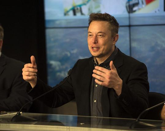 Nyní se píše o vážném vztahu herečky s Elonem Muskem. Ještě je spolu ale ani nevyfotili...