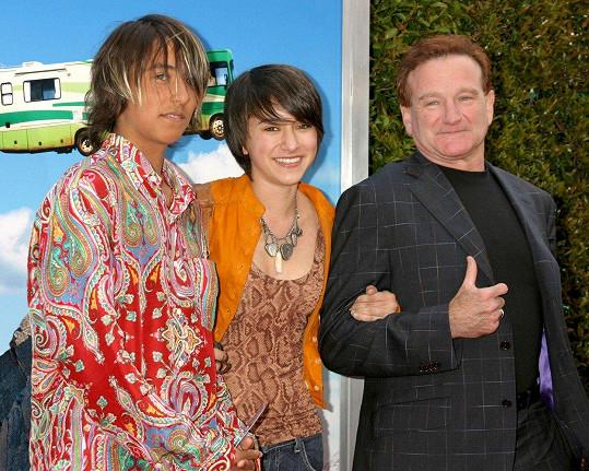 Robin Williams s mladším synem Codym (úplně vlevo) a dcerou Zeldou
