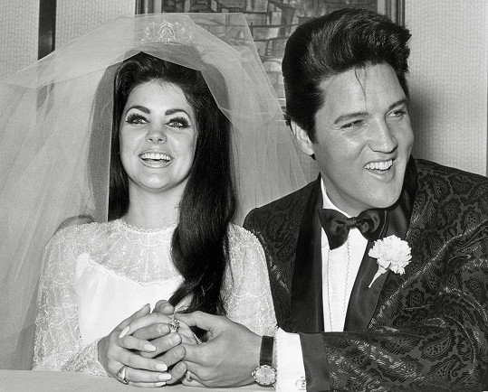 Slavná svatební hostina s Elvisem se konala 1.5.1967 v lasvegaském hotelu Alladin.