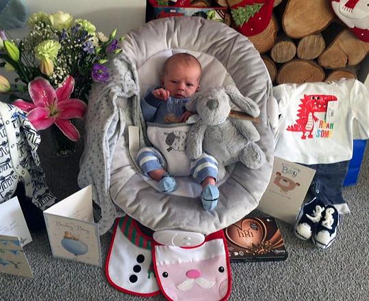 Poté, co zhubla neuvěřitelných 45 kilogramů a její váha se ustálila na 77 kilogramech, otěhotněla potřetí a dnes má zdravého syna Thea.
