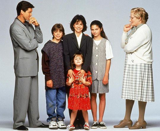Pierce Brosnan (vlevo) usiloval o přízeň dětí Robina Williamse (vpravo).