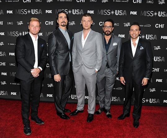 Kluci z Backstreet Boys dospěli ve zralé muže.