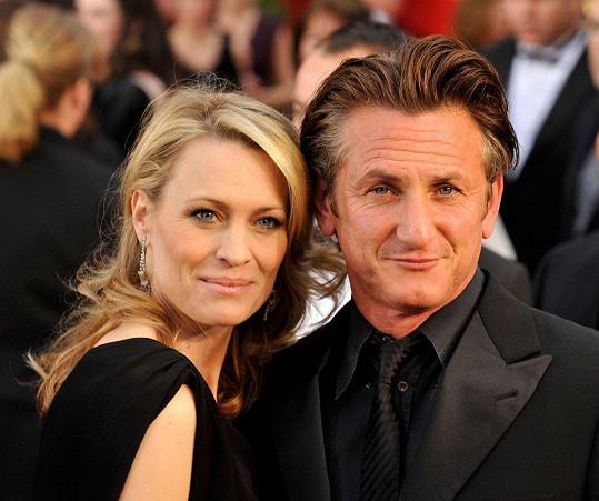 V letech 1996-2010 byla Robin Wright manželkou Seana Penna.