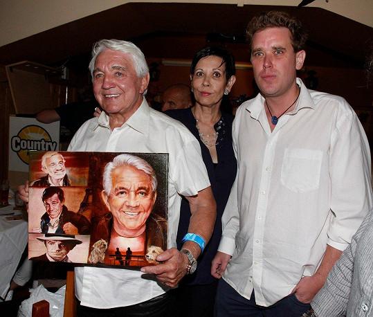 Od syna a exmanželky dostal Jirka obraz.