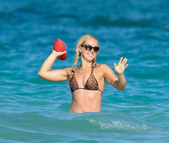 Sabine Lisická sportuje i na dovolené.