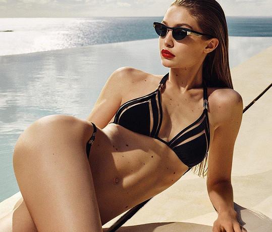 Gigi Hadid pro značku Vogue, která neměla potřebu retušovat její znaménka.