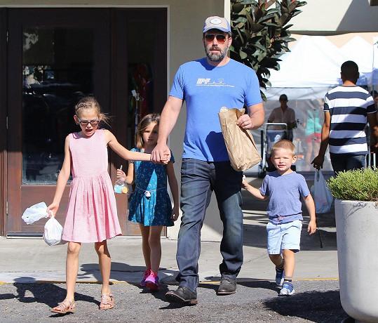 Ben Affleck se svými třemi dětmi