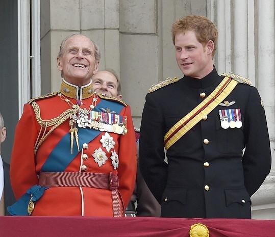 Vévoda dorazil na rozloučení s dědečkem, princem Philipem.