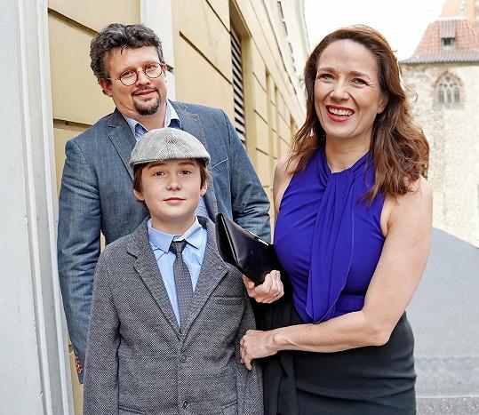 S rodinou se herečka vydala karavanem do Francie, vše sama odřídila.