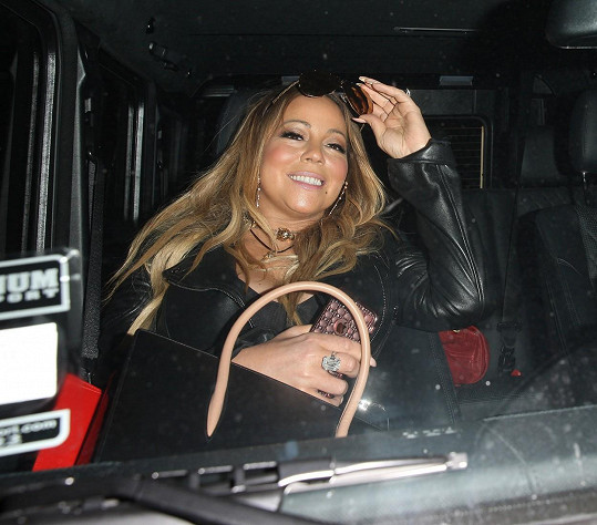 Mariah opět nakynula.