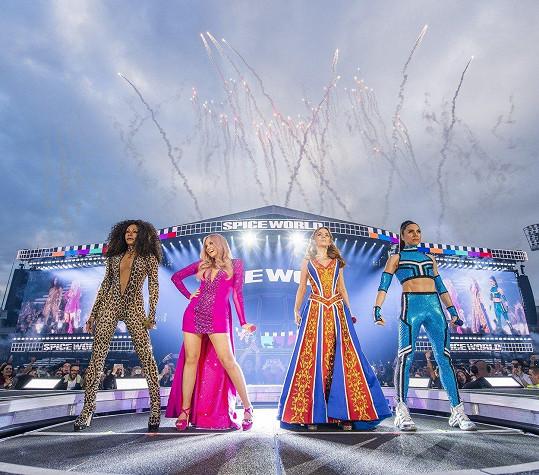 Spice Girls na koncertě v Dublinu