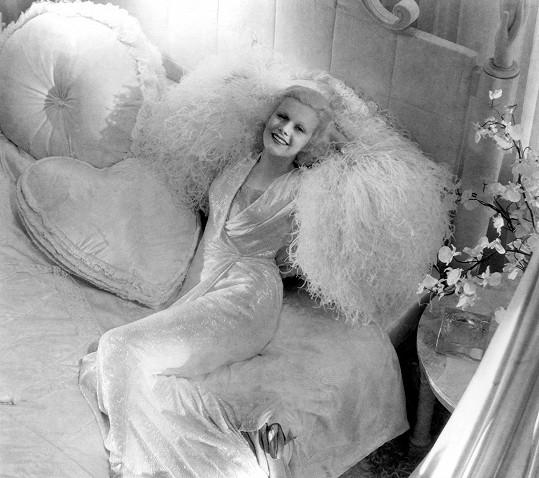 Jean Harlow ve filmu Večeře o osmé