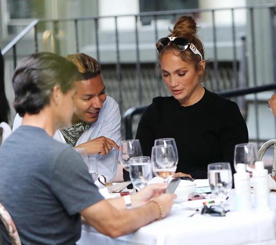 I v restauracích si hlídá, co jí.