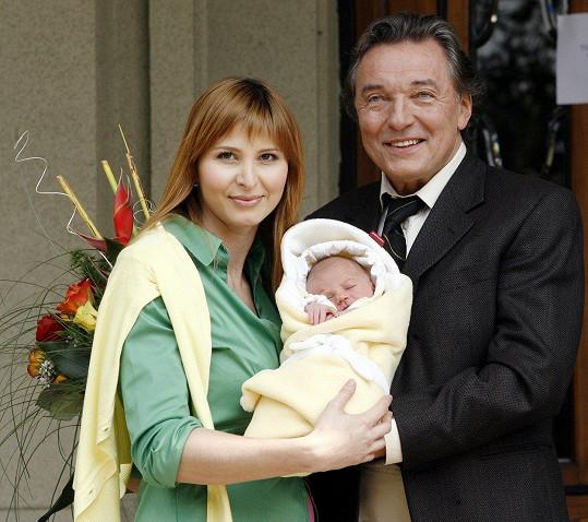 Charlotte Gottová se narodila 30. dubna 2006.