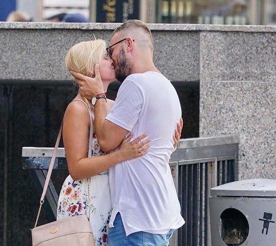 Patricie Solaříková je stále zamilovaná do svého přítele.