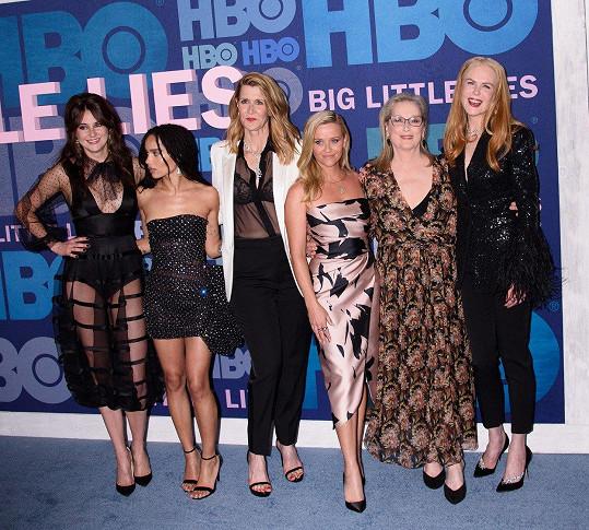 Shailene Woodley, Zoe Kravitz, Laura Dern, Reese Witherspoon, Meryl Streep a Nicole Kidman (zleva) na premiéře v New Yorku