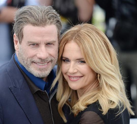 John Travolta s manželkou Kelly Preston, která loni v létě zemřela na rakovinu.