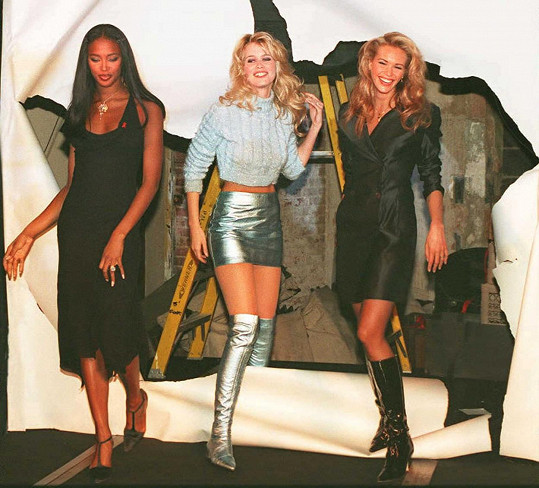 Schiffer v dobách největší slávy s kolegyněmi Naomi Campbell a Elle Macpherson