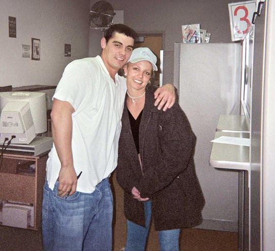 Svěřil se jí v den její svatby s Jasonem Alexanderem.