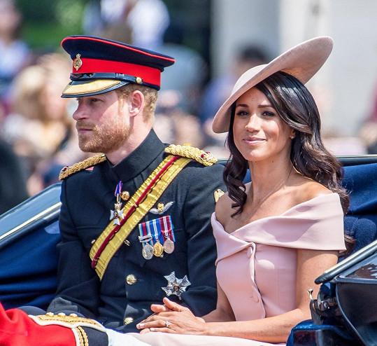 Harry a Meghan pojmenovali dcerku Lilibet Diana.