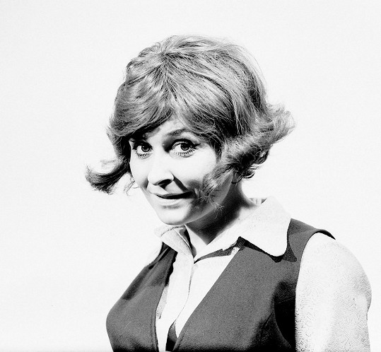Zora Kolínska byla populární slovenskou zpěvačkou.
