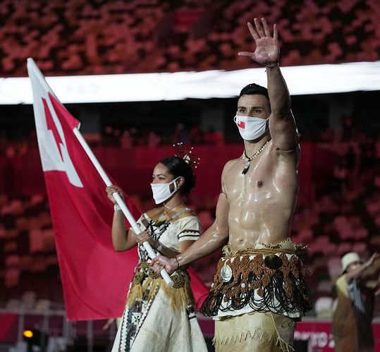 Pita Taufatofua zaujal na olympiádě svými svaly.