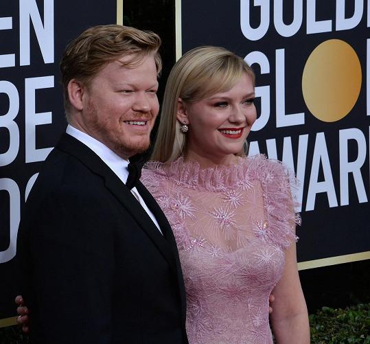 Během rozhovoru herečka označila Plemonse za manžela.
