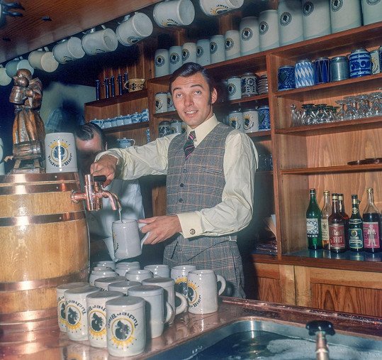 Karel Gott v Hamburku, který si zamiloval. Rok 1968