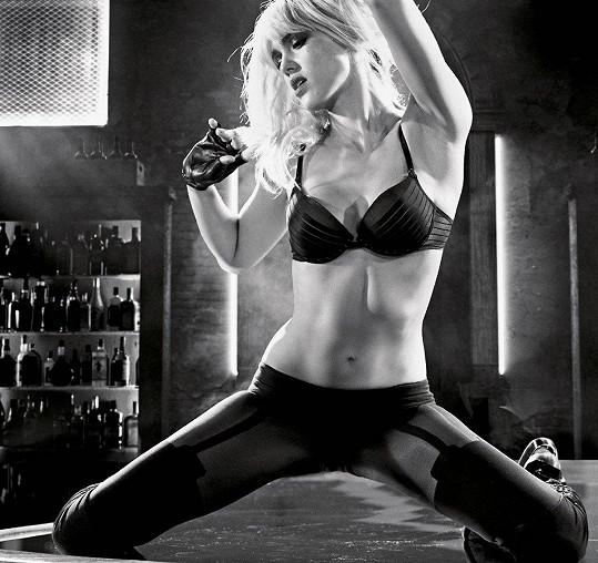 Jessica Alba je hvězdou snímku Sin City.