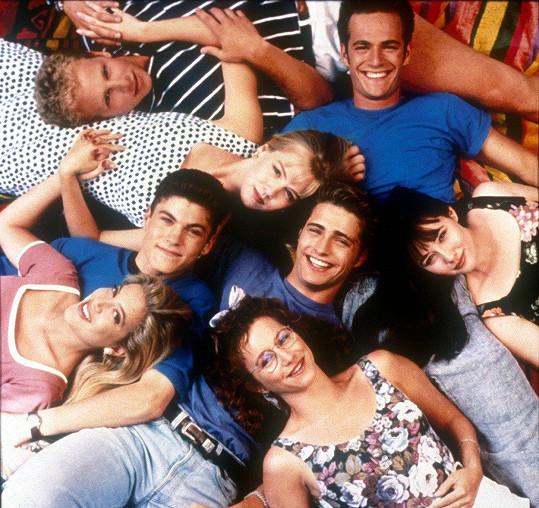 Seriál Beverly Hills 90210 byl v 90. letech hitem.