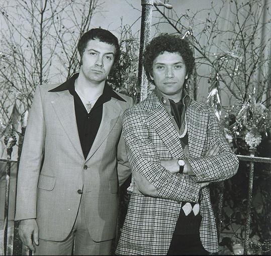Lewis Collins a Martin Shaw (vpravo) v seriálu Profesionálové ze 70. let