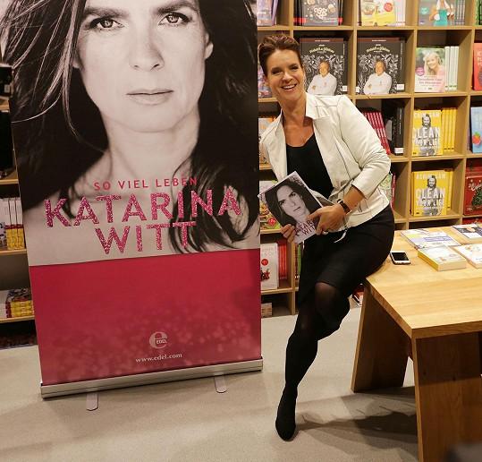 Svou autobiografii představila ve Frankfurtu letos v říjnu.