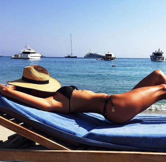 Alessandra Ambrosio strávila jednu z dovolených na ostrově Mykonos.